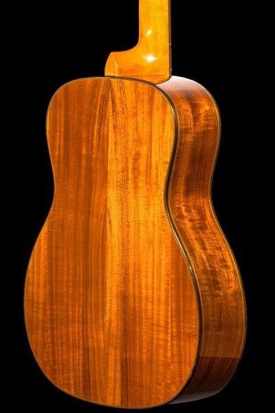 ohana all solid tenor scale baritone solid spruce and acacia bkt 250g back